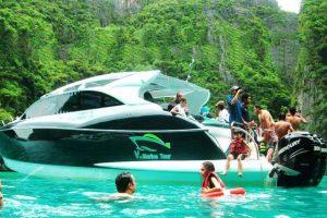 Phi Phi island Premium Tour by V Marine Tour